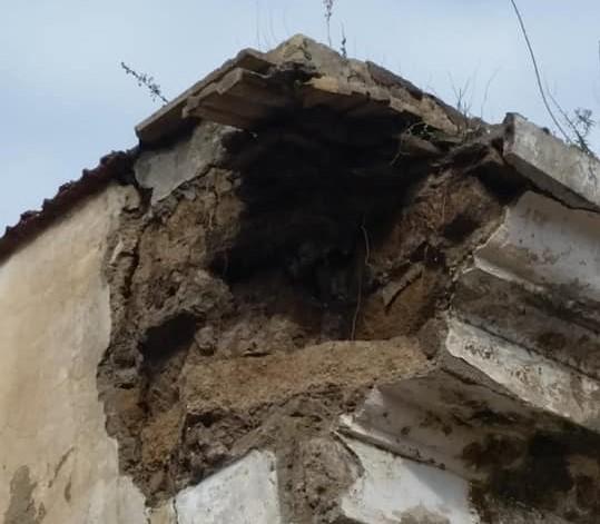 Alla fine è accaduto: l'oratorio Don Bosco Gaeta cade a pezzi!