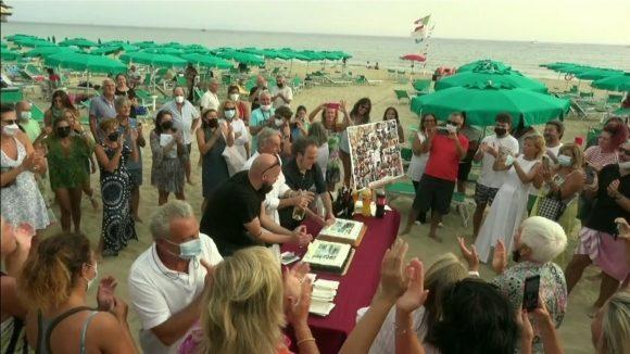 La Nave di Serapo chiude la stagione del 70° con un festoso e solidale annullo postale